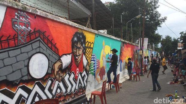 Tambah cantik lorong warna warni makassar diberi mural for Mural yang cantik