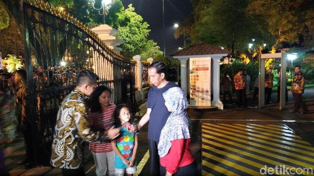 Jokowi Ajak Warga Makan Enak hingga Makanan Sehat Ala Sophia Latjuba