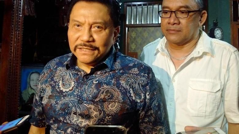 Foto: AM Hendropriyono seusai acara konsolidasi internal Partai Keadilan dan Persatuan Indonesia (Foto:  Ristu Hanafi/detikcom)