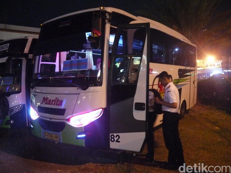 Beli Tiket Onilne PO Bus Bakal Bisa di Minimarket Foto: Farhan-detikcom