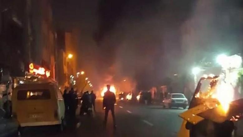 KBRI Teheran Imbau WNI Jauhi 3 Lokasi Demonstrasi