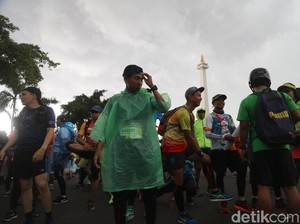 Hujan Deras Lepas Peserta Tugu to Tugu Run Ultra Marathon