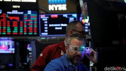 Kasus Corona Naik Lagi, Wall Street Tenggelam