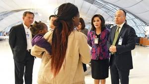 Takut Dipersekusi, Keluarga Ini Tinggal di Bandara Bangkok 3 Bulan