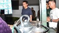 Ajak Warga Makan Sate Kambing dan Oseng Mercon, Presiden Jokowi Dibanjiri Pujian Netizen