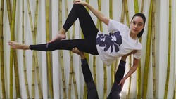 Tatjana Saphira, bermain di film terbaru Ayat-Ayat Cinta 2 menjadi sosok Hulya. Di dunia nyata, tampak di akun Instagramnya, ia gemar berolahraga.