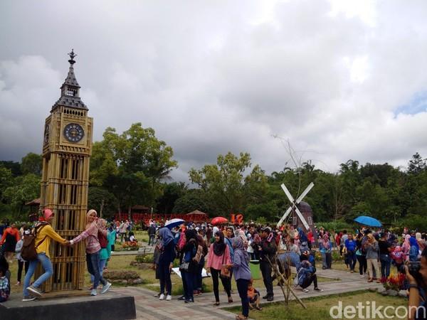 Objek wisata Merapi Park di Desa Hargobinangun, Kecamatan Pakem, Kabupaten Sleman menjadi primadona baru wisatawan yang berlibur ke DIY. Cocok untuk liburan akhir pekan (Ristu Hanafi/detikTravel)