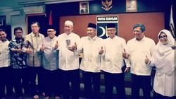 Foto: Momen Kemesraan PKS-Demiz yang Terpisahkan Kontrak Politik