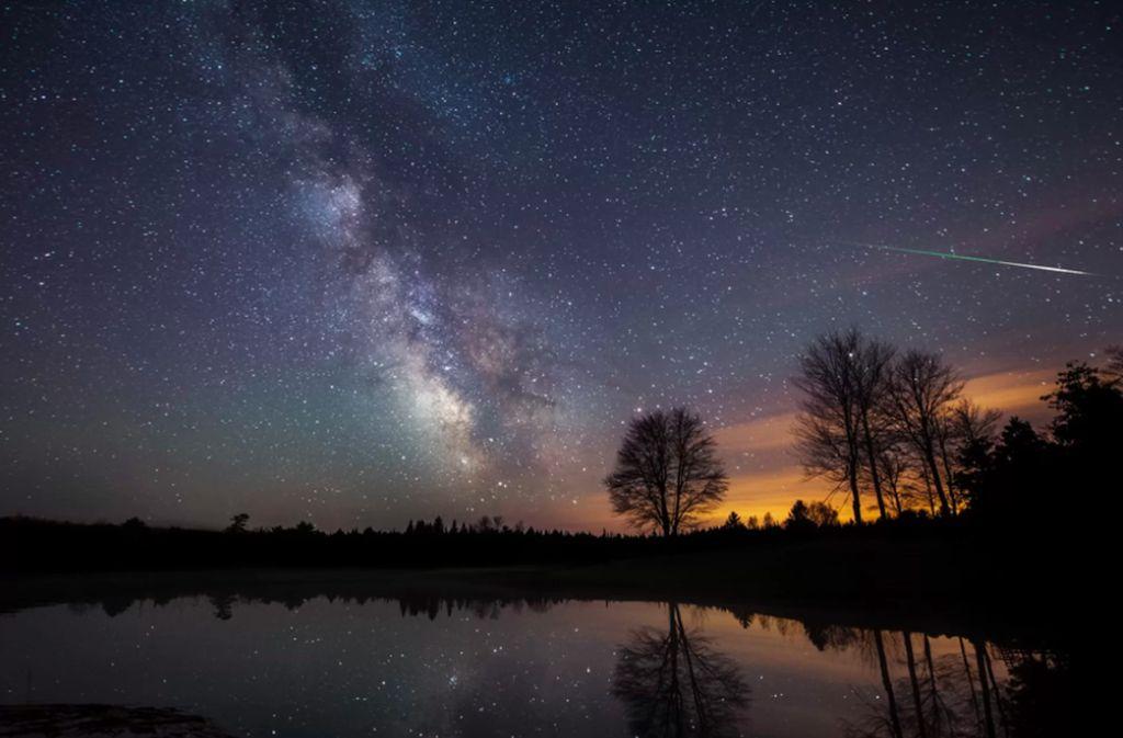 Fotografer angkasa Mike Taylor mengambil foto ini pada Mei 2014, menampakkan kemegahan Bima Sakti. Foto: Space