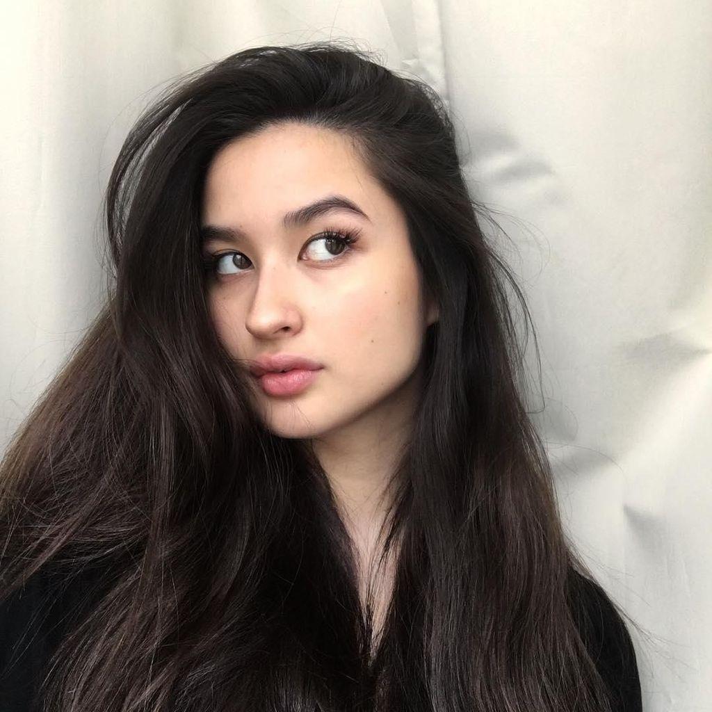 Stephanie Poetri Biasa Ciptakan Lagu dari Kamar Mandi