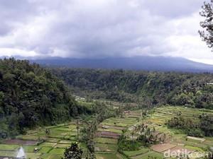 Gunung Agung Kembali Erupsi, Bandara Ngurah Rai Dipastikan Aman