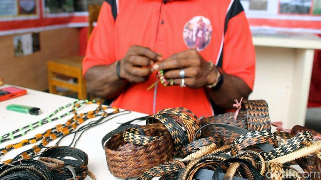 Gelang-gelang Lucu Asli dari Wamena, Sudah Pernah Beli?