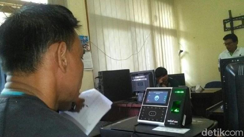 Mulai 2018, Absensi PNS di Garut Pakai Iris Mata