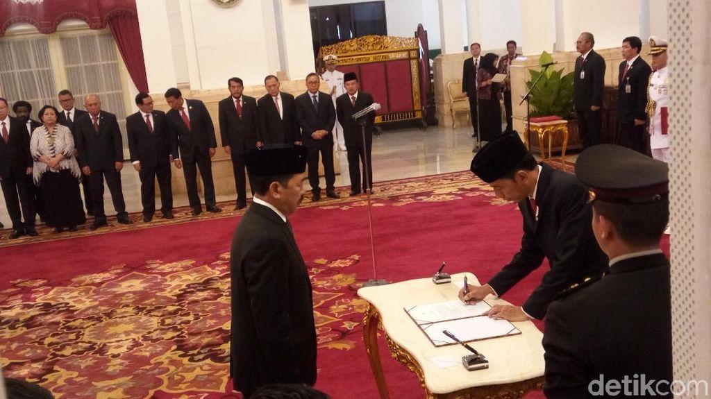 Presiden Jokowi Lantik Kepala Badan Siber dan Sandi Negara