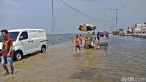 Cegah Banjir, Sudin SDA Jakut Siapkan 8 Ribu Karung Pasir