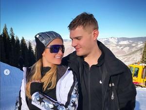 Paris Hilton Mantap Menikah, Keluarga Terkejut