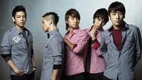 Di tahun 2008, BIGBANG merilis lagu yang bertajuk Haru-Harudan berhasil terjual sebanyak 4.9 juta copy, dan di tahun ini BIGBANG meraih pengharagaan sebagai Artist Of The Year di Korea Selatan.