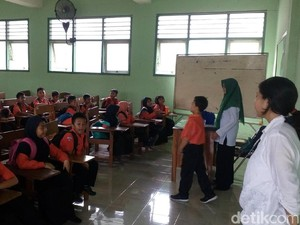 Numpang Belajar di Kampus, Ini Ekspresi Ratusan Siswa SDN Kranggan I