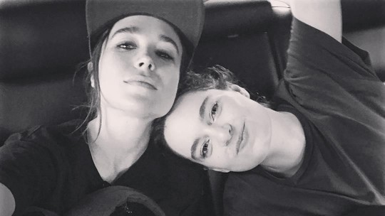 Resmi Menikah, Ini Kemesraan Ellen Page dan Emma Portner
