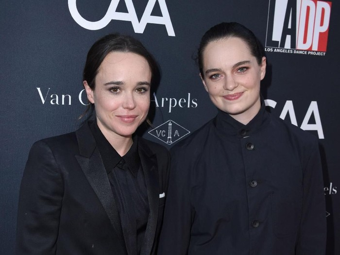 LOS ANGELES, CA - OCTOBER 07:  Actress Ellen Page and dancer Emma Portner attend the 2017 Los Angeles Dance Project Gala on October 7, 2017 in Los Angeles, California.  (Photo by Vivien Killilea/Getty Images for L.A. Dance Project)