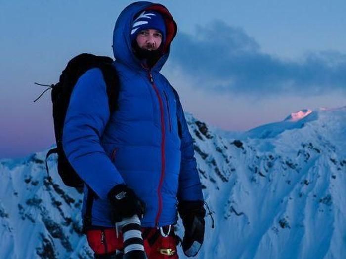 Meskipun buta warna, pria ini berhasil berkarya dengan jepretan ski nya yang luar biasa. Foto: CNN