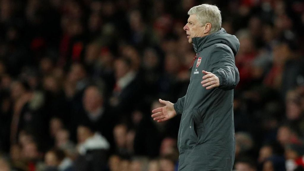 Soal Penalti untuk Chelsea, Wenger: Keputusan Menggelikan