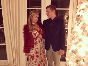 Duh! Cincin Tunangan Rp 27 M Paris Hilton Nyaris Hilang di Kelab Malam