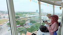 Dari Menara Ini, Bisa Lihat Pemandangan 360 Derajat Kota Melaka