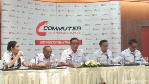 315,8 Juta Penumpang Naik KRL Commuter Line Sepanjang 2017