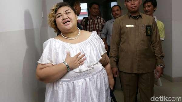 Senyum Pretty Asmara dan Ceritanya yang Turun 21 Kg di Penjara