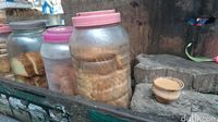 Roti pendamping chai/teh susu India