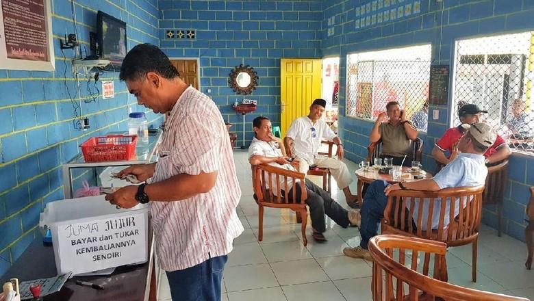100 Persen Hasil Jualan Coffe Shop di Gorontalo Ini Buat Panti Asuhan