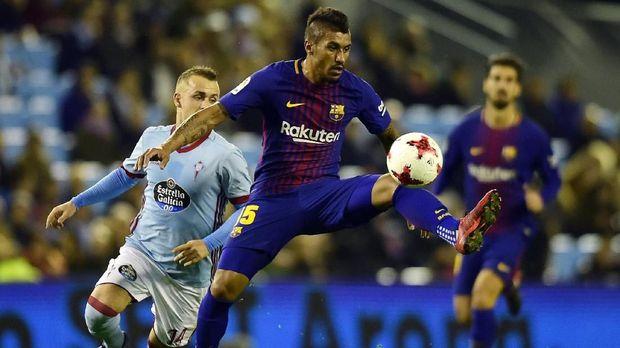 Penjualan Paulinho menambah pemasukan Barcelona.