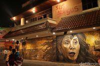 Mural Menteri Susi (Randy/detikTravel)