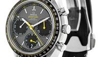 Omega Speedmaster Racing. Speedmaster mungkin selama ini lebih dikenal sebagai merek jam tangan yang bertemakan ruang angkasa. Namun, perusahaan tersebut baru-baru ini menelurkan jam tangan edisi khusus dengan bertemakan motorsport. Foto: Watchfinder
