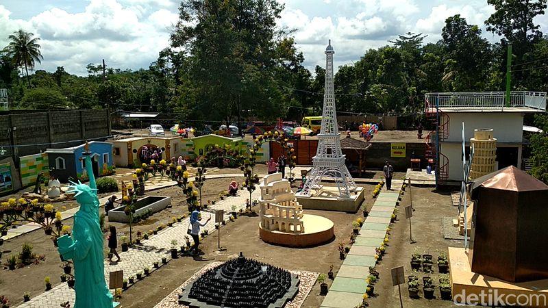 Objek wisata Negeri Dongeng dapat traveler kunjungi di Desa Kawedusan, Kecamatan Ponggok, Kabupaten Blitar (Erliana Riady/detikTravel)