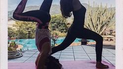 Aktris sekaligus model Vanessa Angel rajin menjaga bentuk tubuh idealnya dengan berolahraga. Banyak yang menilai fotonya di Instagram seksi-seksi.