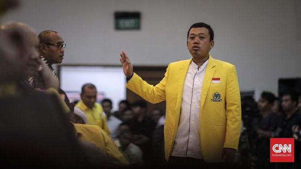 Nusron Wahid menggantikan posisi Bowo Sidik Pangarso di DPP Partai Golkar.