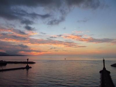 Mau Lihat Sunset Cantik di Manado?