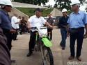 Menteri yang Suka Motoran Seperti Jokowi