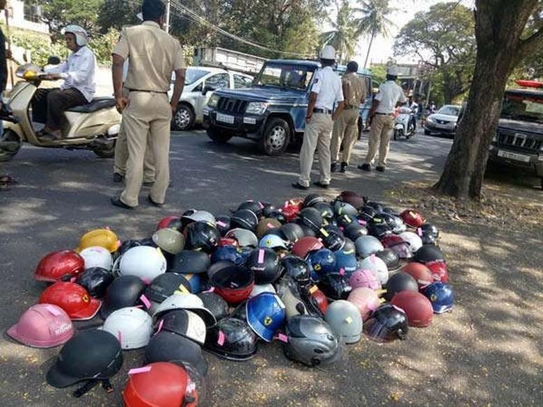Helm cetok di India. Foto: Istimewa
