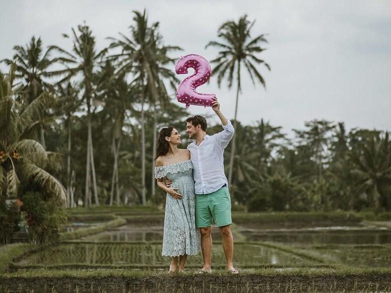 Hamil Anak Kembar, Marissa Nasution Gelar Syukuran