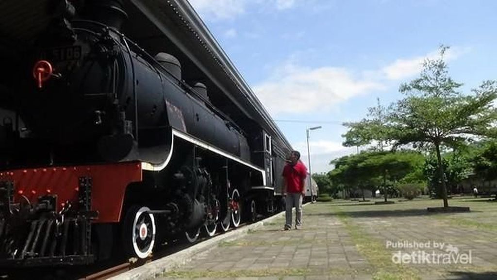 Jawa Barat Hidupkan Tur Jalur Kereta Api Bersejarah