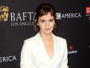 Emma Watson Kini Berponi, <i>Yay or Nay?</i>