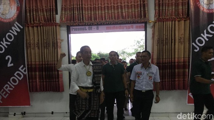 Jokowi di Rote Ndao (Ray Jordan/detikcom)