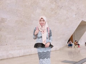 Ketika Hijabers Mualaf Cantik dari Korea Mampir ke Monas
