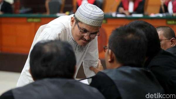 Pengacara Sebut Tuntutan 2 Tahun Penjara Jonru Mengada-ada