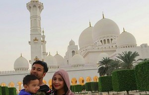 Ini Masjid Serba Putih yang didatangi Raffi Ahmad di Abu Dhabi