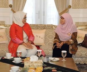 Istri Anies Baswedan dan Istri Aher Berbincang Hangat, Bahas Apa?