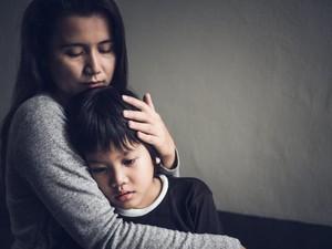 Saat Anak Dibombardir Pertanyaan tentang Perceraian Orang Tuanya